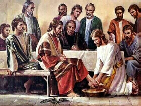 yesus membasuh-kaki-muridnya