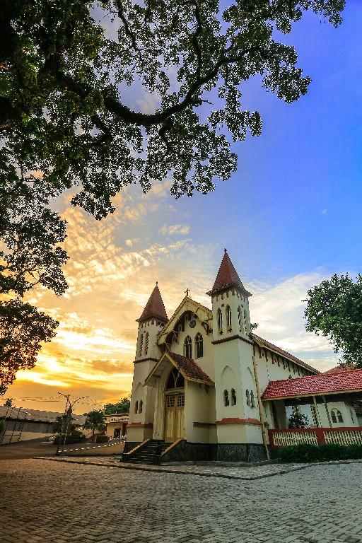 gereja lama